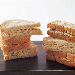 ツナサラダ サンドイッチ