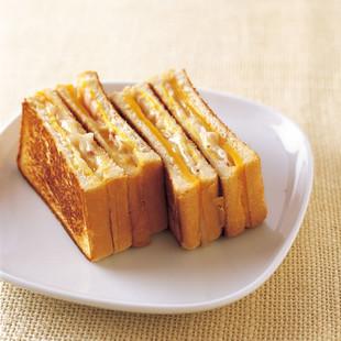 グリルチェダー&ジャックチーズ サンドイッチ