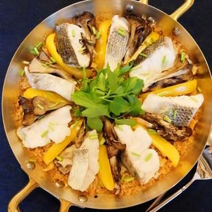 白身魚と舞茸の和風パエリヤ