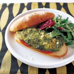 バジルペストチキン サンドイッチ