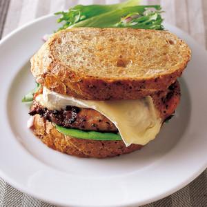 ペッパーチキン サンドイッチ