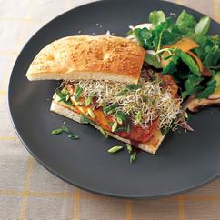 チキン ジンジャーテリヤキ サンドイッチ