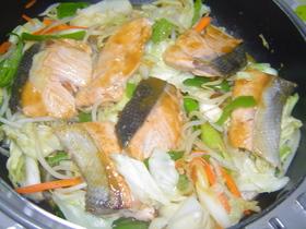 フライパンで簡単☆鮭のちゃんちゃん焼き