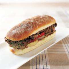 チミチュリビーフステーキ サンドイッチ