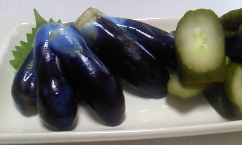 紫色の夏の宝石! びんで漬けるナスの漬物