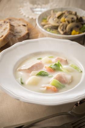 鮭とチンゲン菜のクリームシチュー