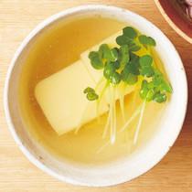 卵豆腐のスープ