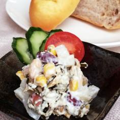 梨とカッテージチーズの豆サラダ