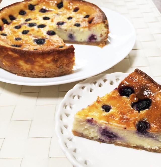 ブルーベリーチーズケーキ。冷凍保存も。