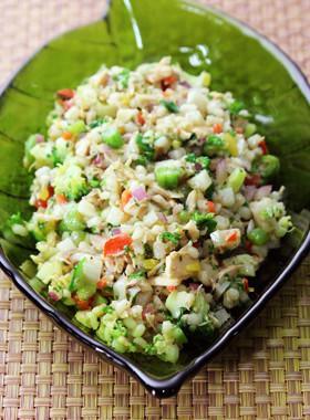 もち麦&たっぷり野菜のチョップドサラダ