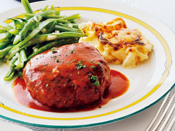 洋食屋さんのハンバーグステーキ