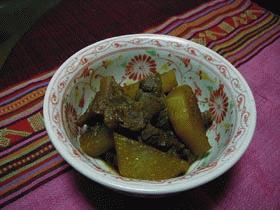 牛すじと大根の味噌煮