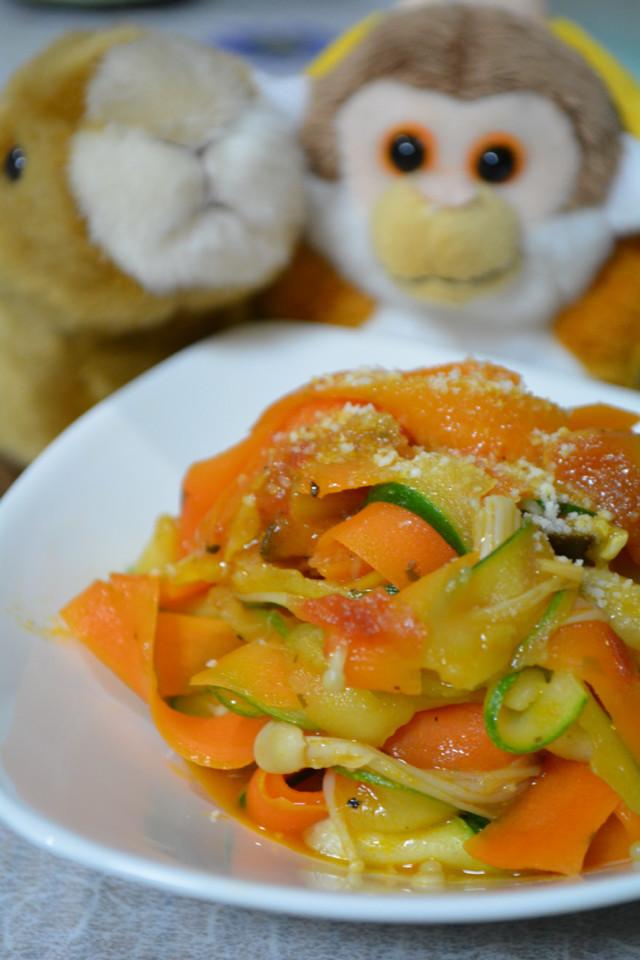 *フェットチーネ風野菜オンリーベジパスタ