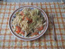 野菜がいっぱいクリームパスタ