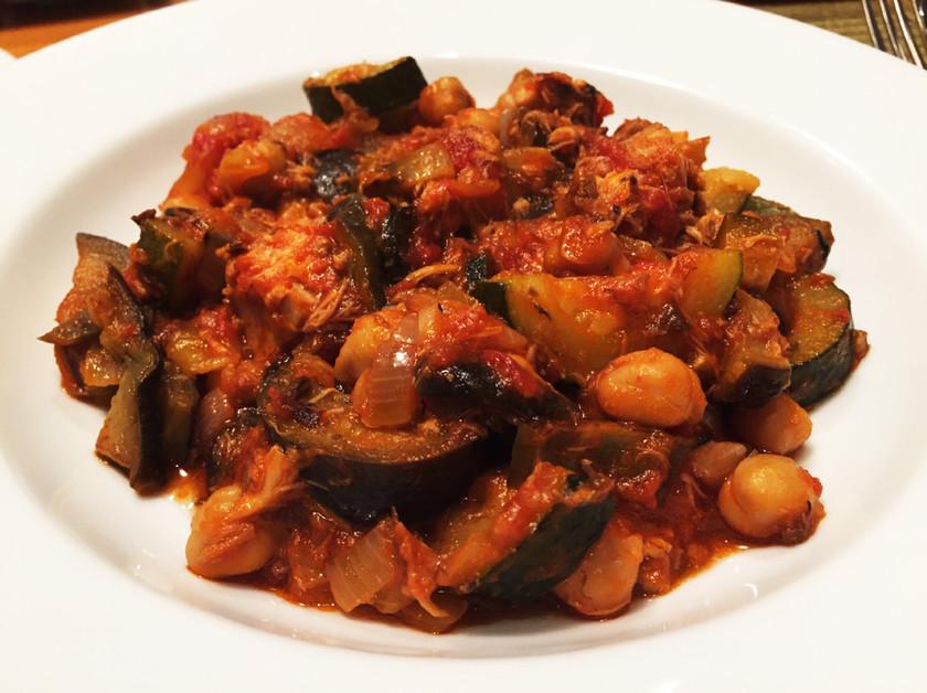 鯖の水煮缶のトマト煮