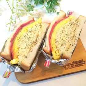 たっぷりキャベツ*厚焼き卵のサンドイッチ