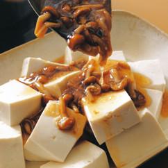 豆腐のナメコあんかけ