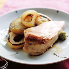 鶏胸肉のステーキ