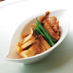 鶏手羽肉とキノコのさっぱり煮