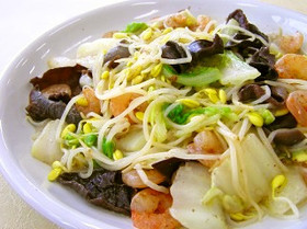 子大豆もやしと白菜・えびの塩炒め
