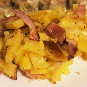 ベーコンとポテトのチーズ焼き