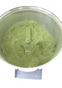 桑の葉を粉末化|製粉機ハイスピードミル