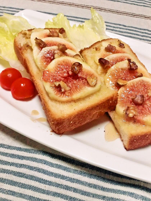 いちじく胡桃トースト♪