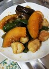 鶏団子と夏野菜の甘辛炒め
