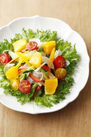 サマーオレンジと生野菜のサラダ