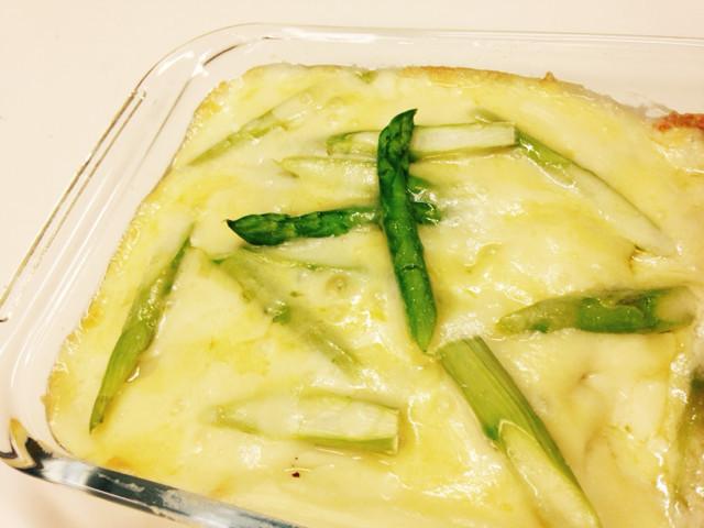 チーズたっぷり白菜グラタン・アスパラのせ