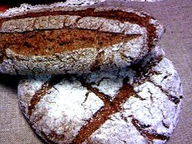 ライ麦100%のパン