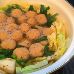*鶏団子と白菜の美味しいお鍋*