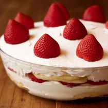ストロベリークリームパイ風ホットケーキ