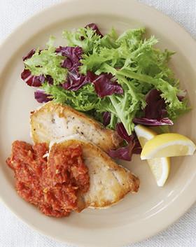 かじき鮪のステーキ~トマトソース仕立て~