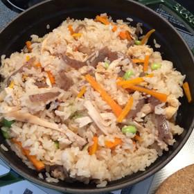 ストウブde鶏五目炊き込みご飯