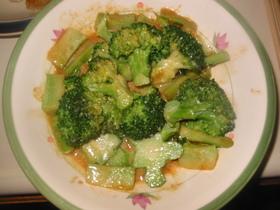 ブロッコリーのオイマヨ炒め