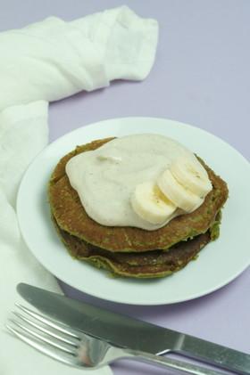 抹茶とモリンガのグルテンフリーパンケーキ