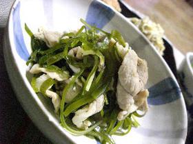 豚肉と切り昆布の煮物