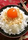 冷凍卵の酒かす麺つゆ漬けのっけごはん