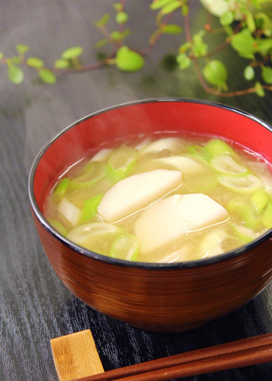 ねぎと里芋の味噌汁。風邪予防!