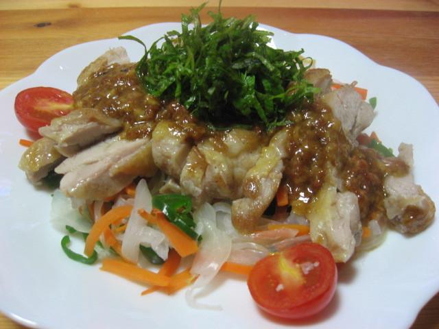 野菜タップリ鶏肉の梅肉マヨネーズ