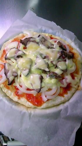 ローストビーフピザ