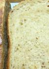 ドライ苺とジャム入り食パン