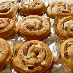 秋色♡さつま芋とゆかりのくるくるパン♪