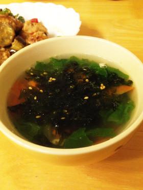 韓国のりとサニーレタスの中華スープ
