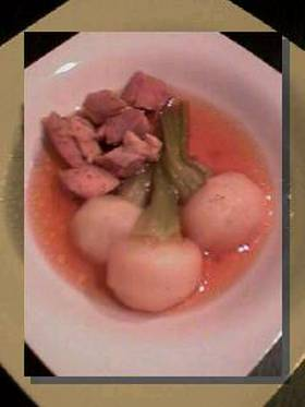 鶏とカブの煮物