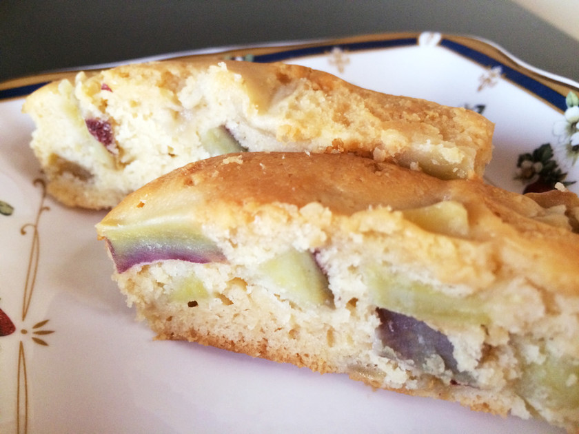 さつまいもとリンゴのマヌカ風味ケーキ