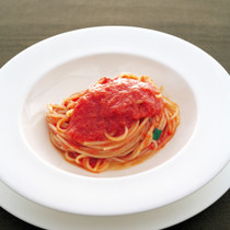 トマトソースのスパゲッティー二