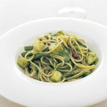 バジルペーストのスパゲッティーニ