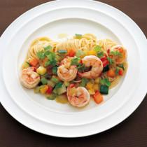 えびとカラフル野菜のペペロンチーノ